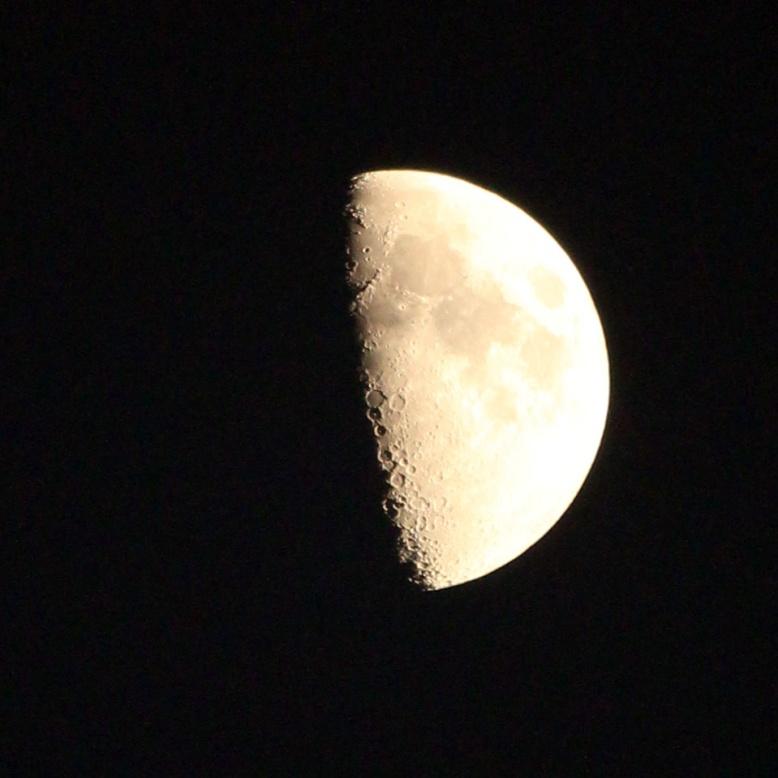 Half moon IMG_2188